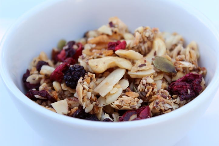 berries almond paleo granola